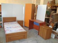 κρεβατια,ντουλαπα,γραφειο,φοιτητικο δωματιο,επιπλα