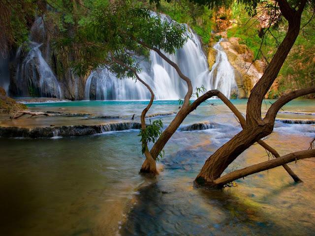 Havasu_creek_waterfall_Wallpaper_o32dc.jpg