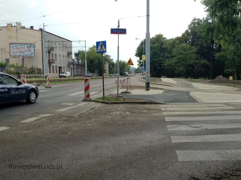 Jadący ul. Pabianicka tutaj będą mogli włączyć się do rowerówki.