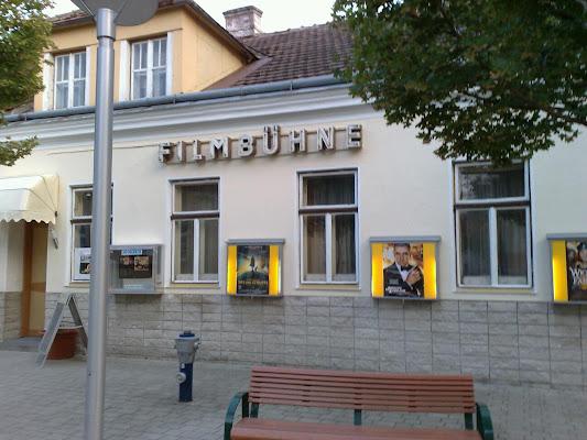 Kino Deutsch Wagram - Filmtheater Avenue, Friedhofallee 5, 2232 Deutsch-Wagram, Austria