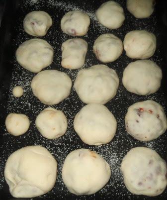 Nacho Bread Rolls Recipe | Easy Vegan Tex Mex Nachos Pizza Bites | Innovative Tasty Mexican Appetizers & Snacks | Written by Kavitha Ramaswamy of Foodomania.com