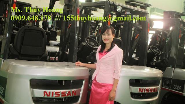 Xe nâng động cơ dầu Nissan 2.5 tấn