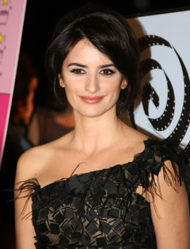 Penelope Cruz Hair, Long Hairstyle 2013, Hairstyle 2013, New Long Hairstyle 2013, Celebrity Long Romance Hairstyles 2048
