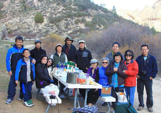 Hiking in Pinnacles Natl Park h9