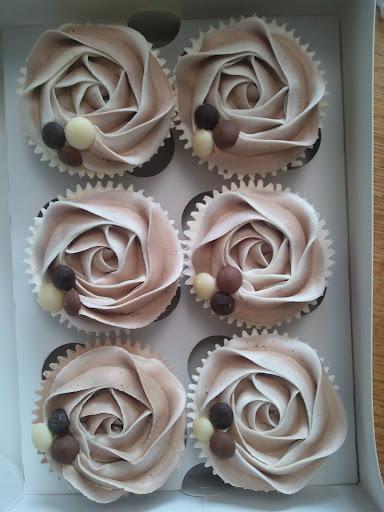 Cupcakes  الكعك ((فقط من أمواج )) صور  2011-05-28%25252011.48.08