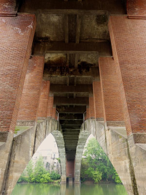 Sous les ponts P1100647_8_9_HDR