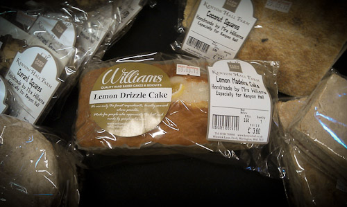 Mrs Williams Lemon Drizzle Cake