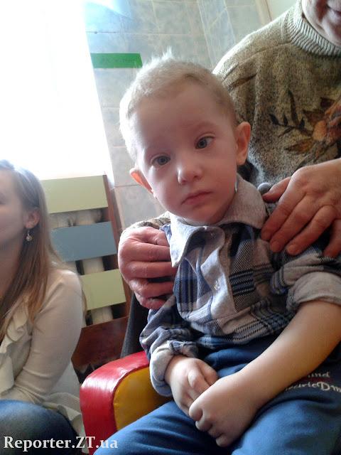 У Житомирі дітям-людини з інвалідністюм допомагають стати повноцінними членами суспільства