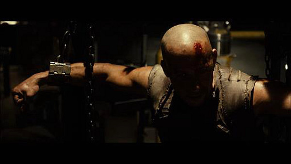 Riddick First Look Ridick in chains