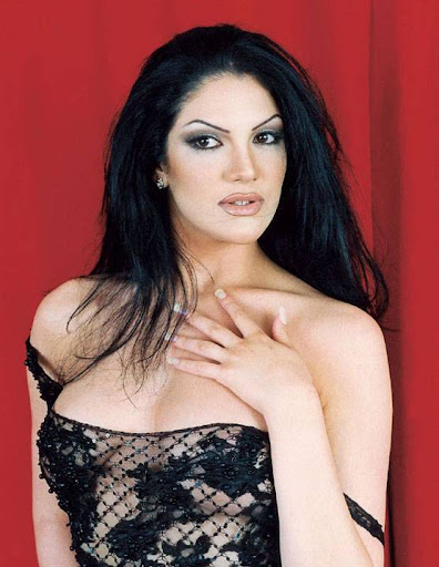 Arab Model Aline Skaf real life