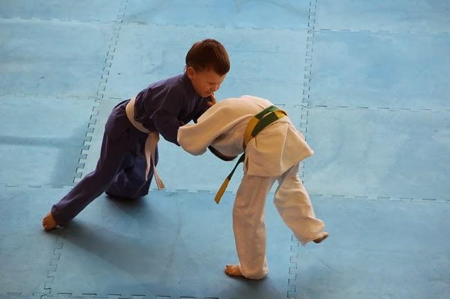 Выступление юных угличских спортсменов ДЮСШ. фото Оксана Кондрашова