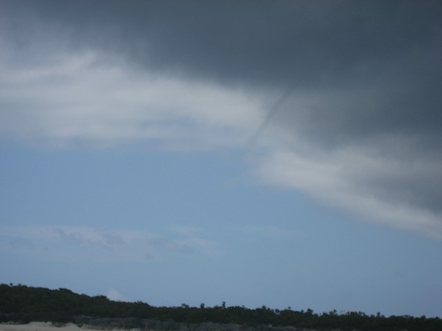 waterspout dissipating