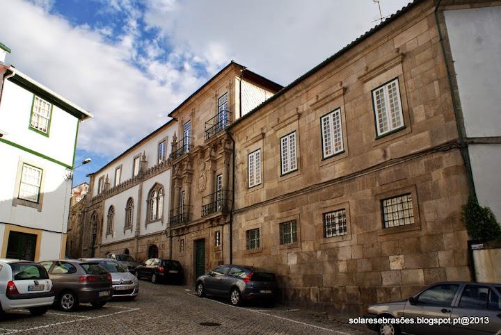 Casa do Visconde de Arneiros ou Casa dos Pinheiros