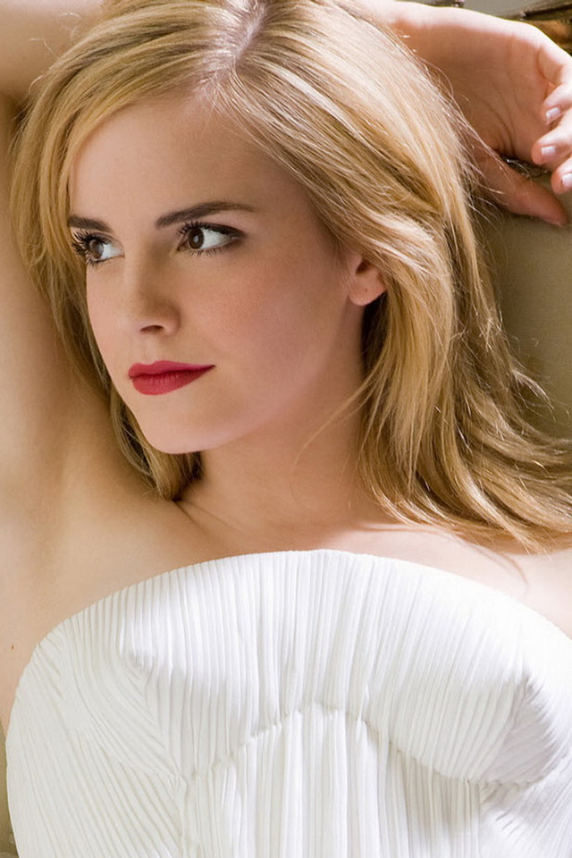 iPhone 4 Wallpapers Emma Watson Sexy Pose Images