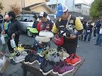 選手全員にネイティブ様靴贈呈2 2012-11-26T03:07:11.000Z