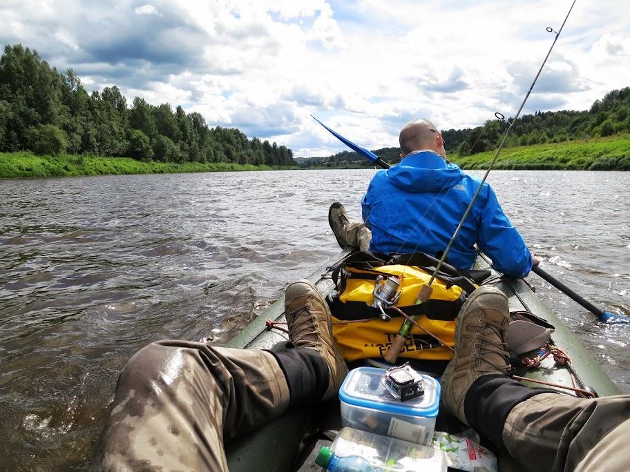 Изображение 1 : Сплав по одной из рек Новгородской области