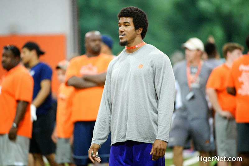 2014 Dabo Camp #6 Photos - 2014, Dabo Camp, Football, Recruiting, Vic Beasley