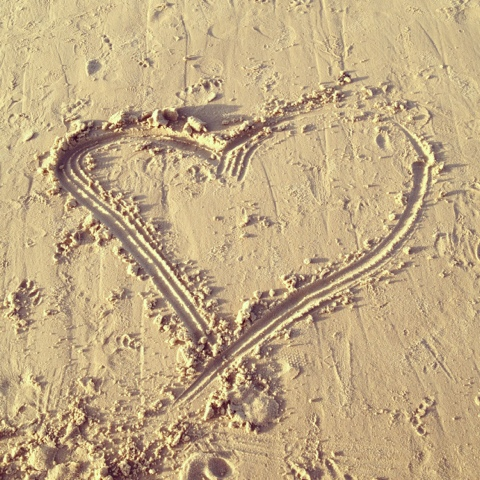 Natasha in Oz, Beach, heart in sand image