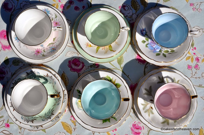 Pastels tea set six coloured glazes in the teacups