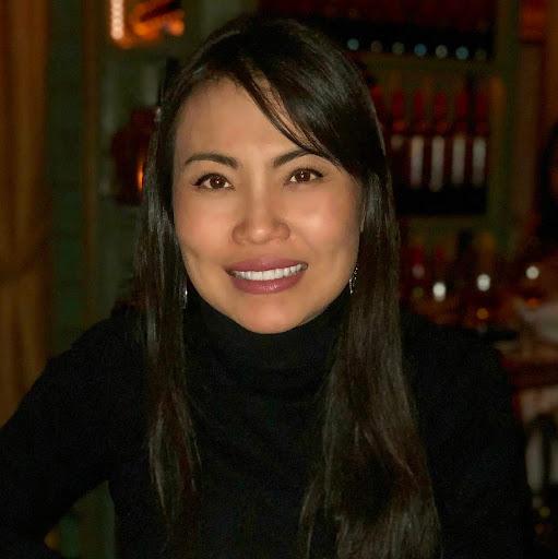 Stella Chung Photo 27