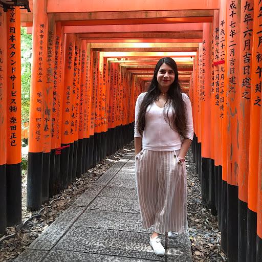 Adriana Salgado Photo 7