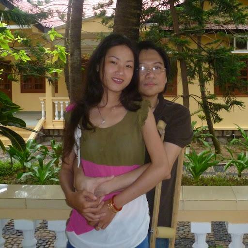 Chi Quach Photo 23