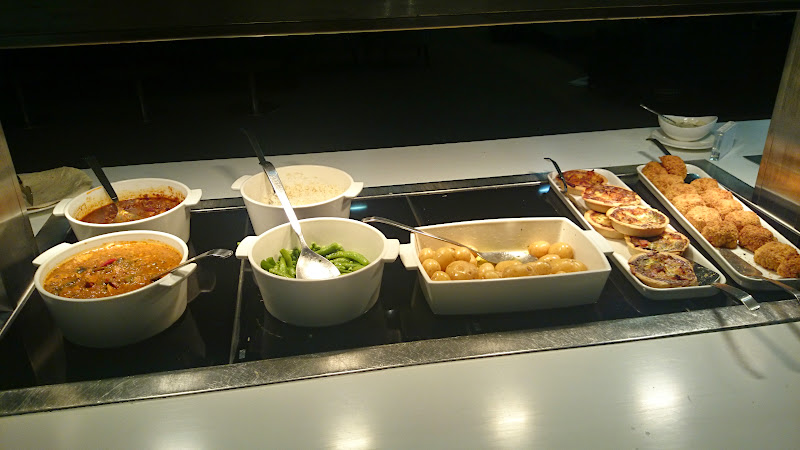 DSC 4584 - REVIEW - The Lounges of LHR T3 - EK, CX and BA (September 2014)