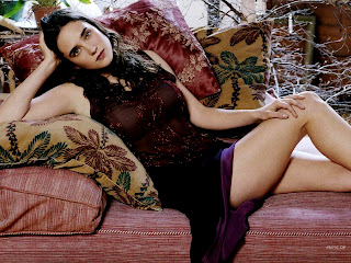 Jennifer Connelly, possibly the most beautiful girl in the world.