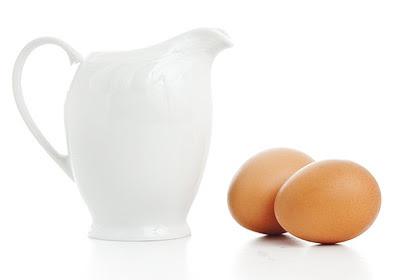 หมักผมด้วยโยเกิร์ต, หมักผมด้วยไข่แดง