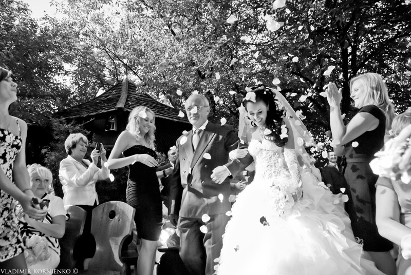 свадебная фотография, фотосъемка свадьбы, свадебный фотограф, фотограф на свадьбу, cdflt,ysq ajnjuhfa, cdflt,yfz ajnjuhfabz, ajnjuhfa yf cdflm,e rbtd,  wedding photo, wedding photographer, фото со свадьбы, фото невесты, фотосъемка свадебного банкета, фотосъемка венчания, свадебный репортаж, семейная фотография,свадебная фотокнига, фото книга, печать фотокниг,wedding book,свадебная фотосессия в Феофании, Феофания, love story