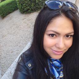 Raquel Barrios Photo 14