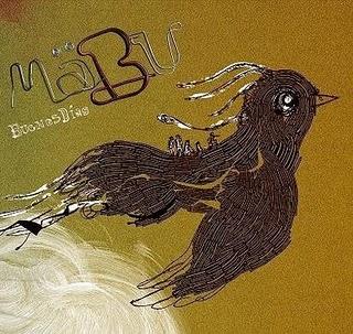 Crítica: Mäbu - Buenos Días