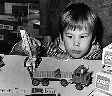 JUGUETES  ANTIGUOS  Lego-juguetes-mas-exitosos-de-la+historia