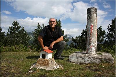 Durako gain mendiaren gailurra 813 m. - 2014ko maiatzaren 24an