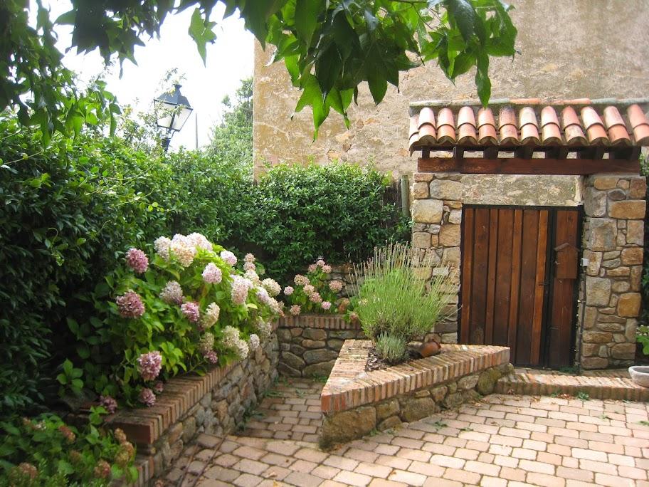 Casa de piedra en venta madrid sierra norte vistas a for Casas rurales sierra de madrid con piscina