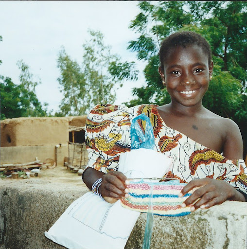 crocheting plastic bags in Mali