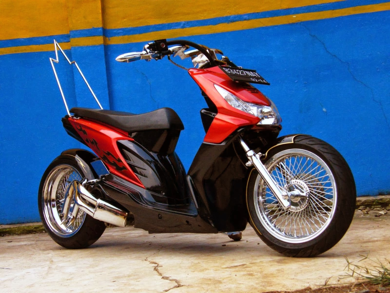 Honda Beat Modifikasi Drag