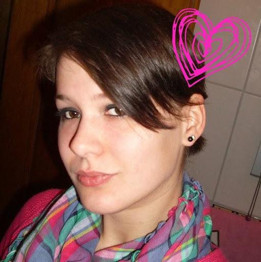 Annika Fischer Photo 1