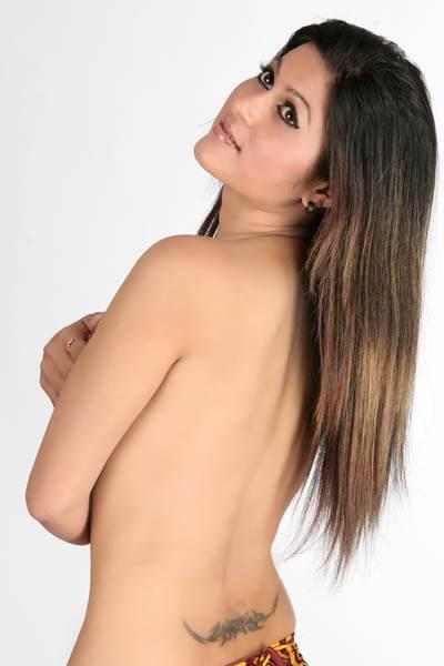 sexy-nepali-model-nackt