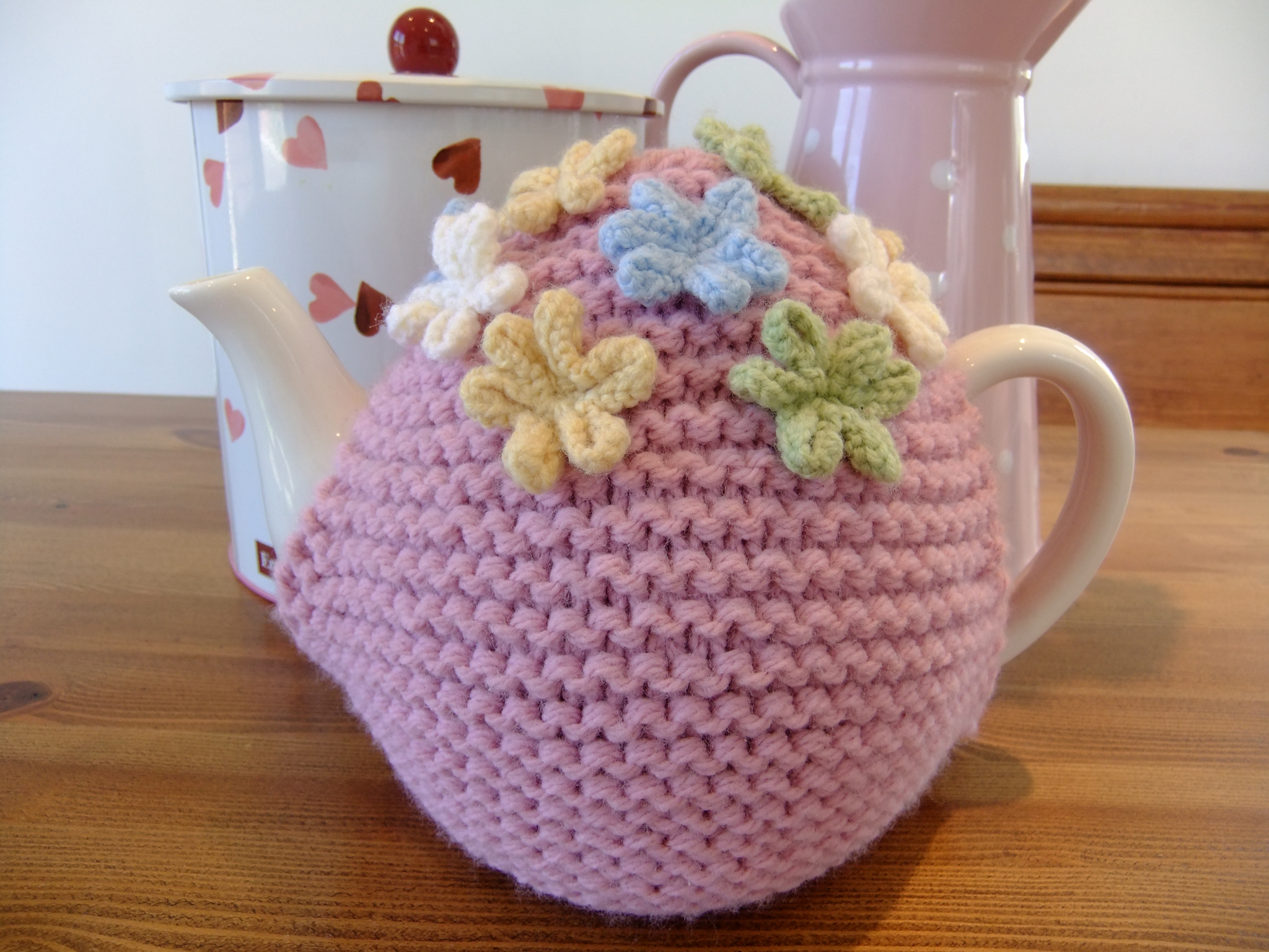 Free Knitted Tea Cosies Patterns : Ladybird Diaries: Tea Cosy Pattern
