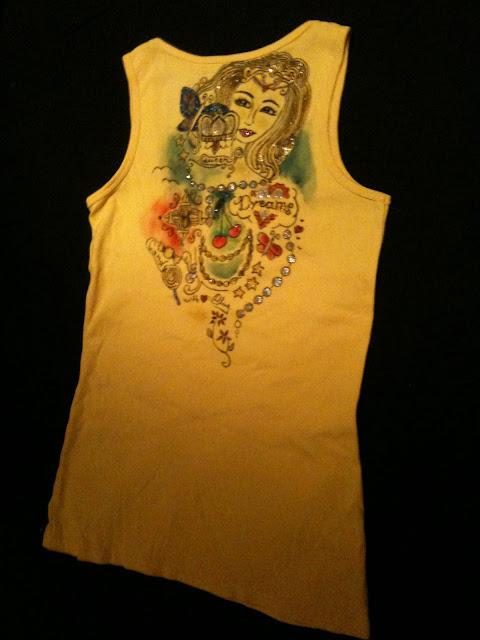 Ein kreatives Bild macht aus einem langweiligen Kleidungsstück etwas Besonderes.