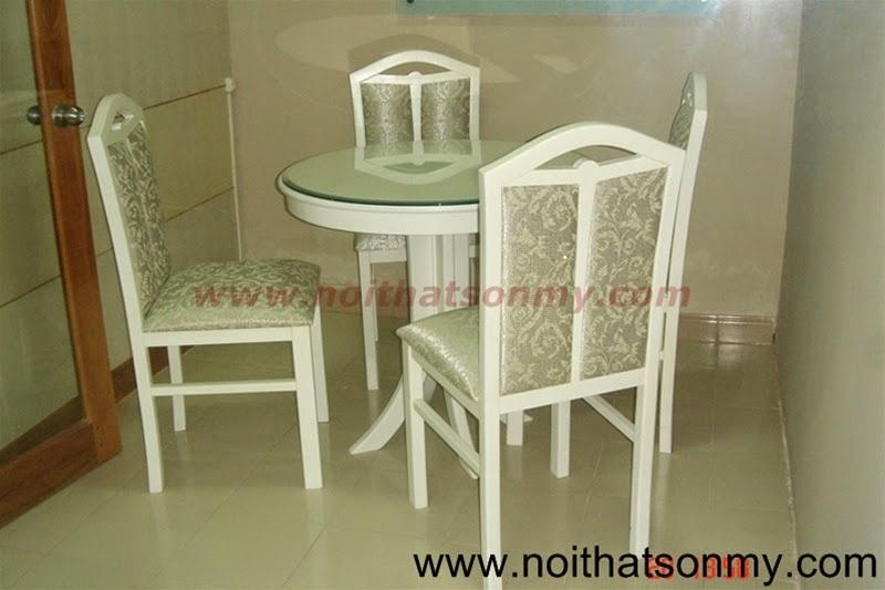 Bộ bàn ghế gỗ màu trắng