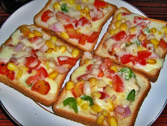 veggie cheese open sadwich