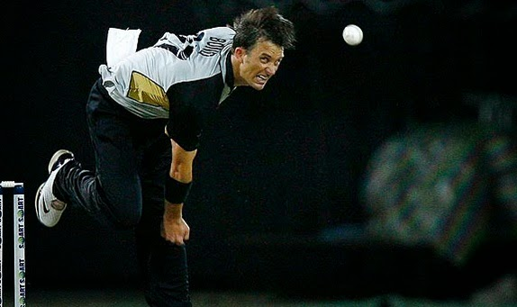 Shane Bond Fastest bowler from New Zealand