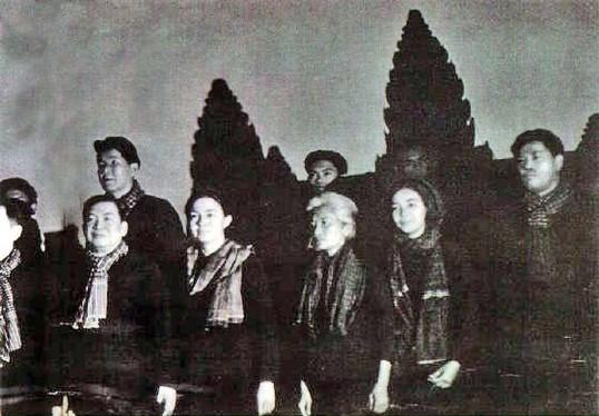 Sihanouk at Angkor Wat 1973