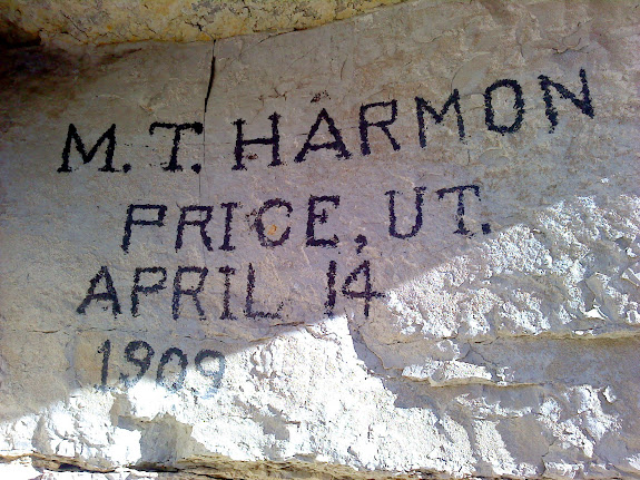 1909 inscription in Pinnacle Canyon