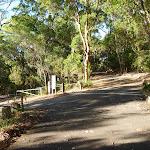 Carnley Avenue Car Park in Blackbutt Reserve (399349)