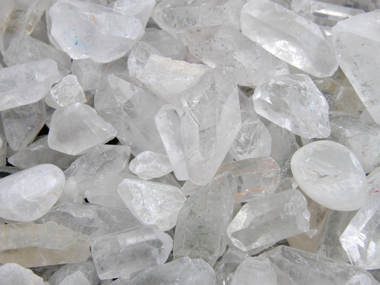 Bird Blogs About Gems: Riff on Quartz Crystal