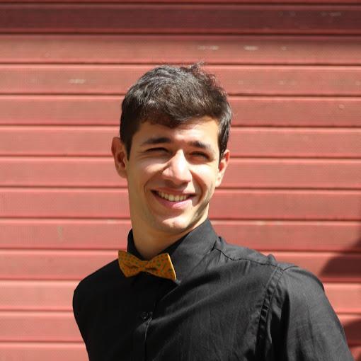 Cyrus Khan Photo 13