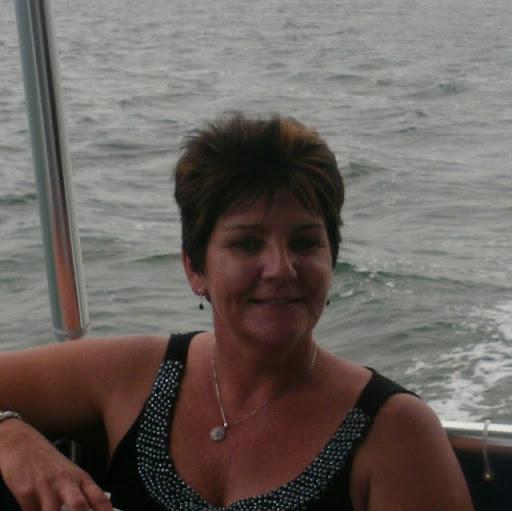 Sandy Shelton